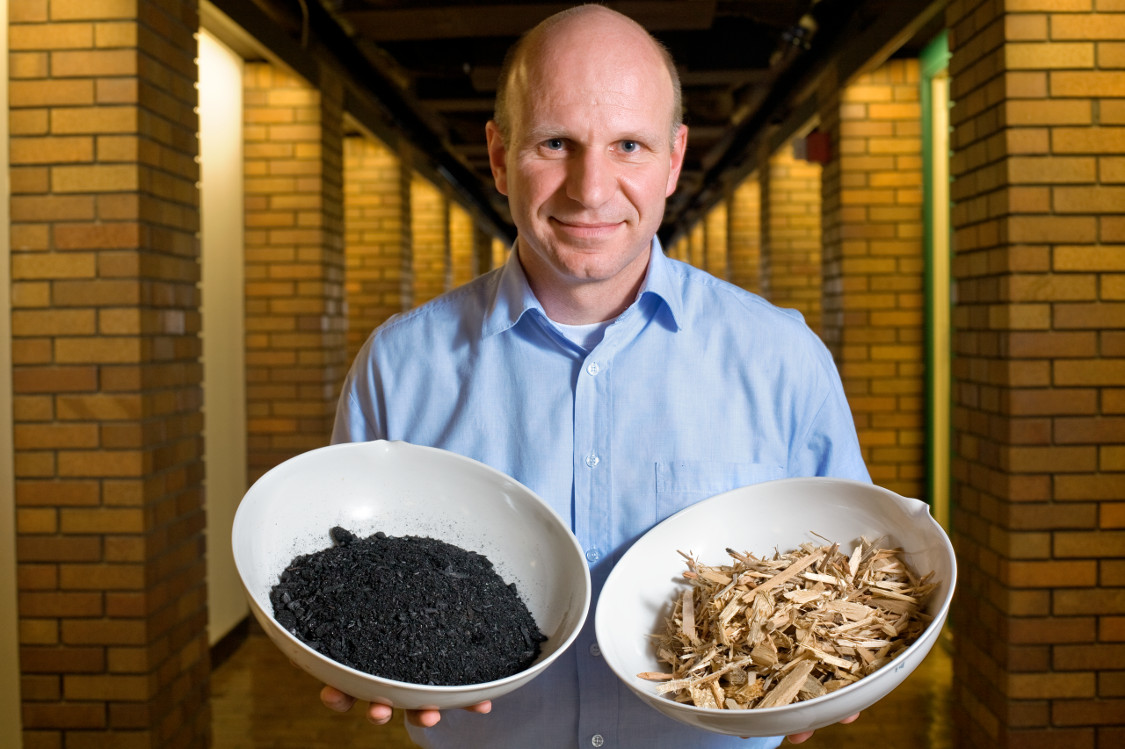 Johannes Lehmann, Associate Professor of Crop and Soil Sciences (CSS) with biochar.